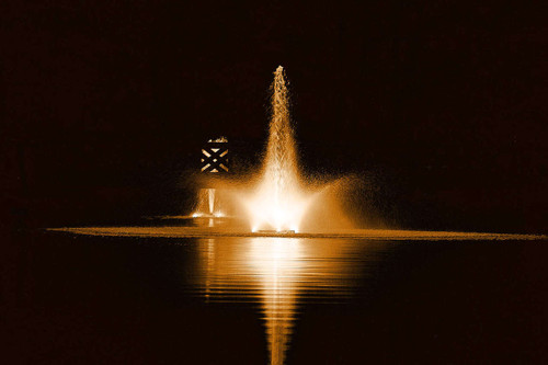 Kasco Fountain shown with optional lighting