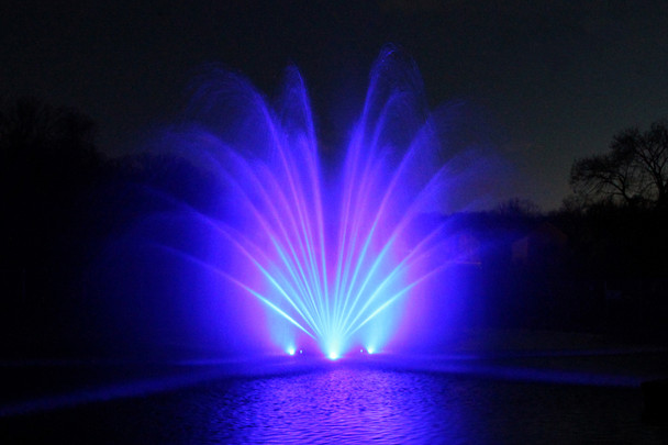 Color changing fountain lights