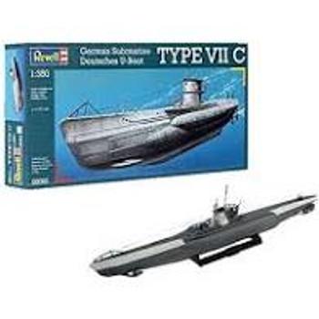 Revell German Submarine type V11C model