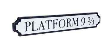 Platform 93/4 tin sign