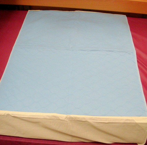 Washable Reusable Single Bed Matress Protector Sheet Mat with Tuck in Wings to hold in place 90cm x 85cm