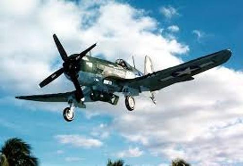 Guillow #GUI1004 1/16 F4U-4 Corsair