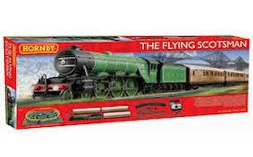 Hornby #R1167 The Flying Scotsman Train Set