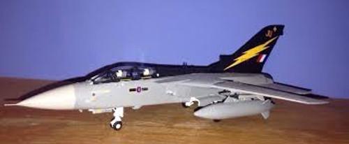 Airfix #A055301 1/72 Panavia Tornado F3 Starter Set
