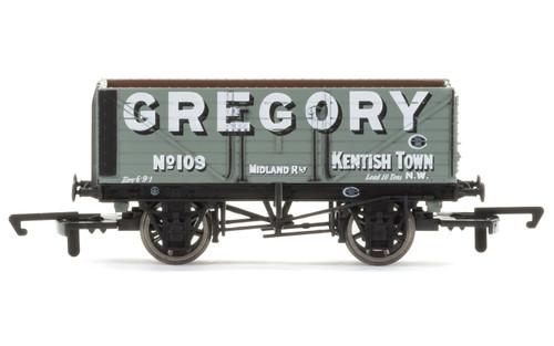 "Hornby #R6755  7 Plank Wagon ""Gregory"""