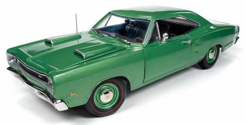 Auto World #AMM1136 1/18 1969 Dodge Superbee HT