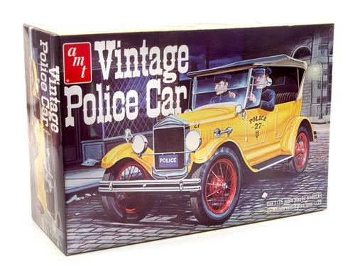 AMT  #1182 1/25 Vintage Police car