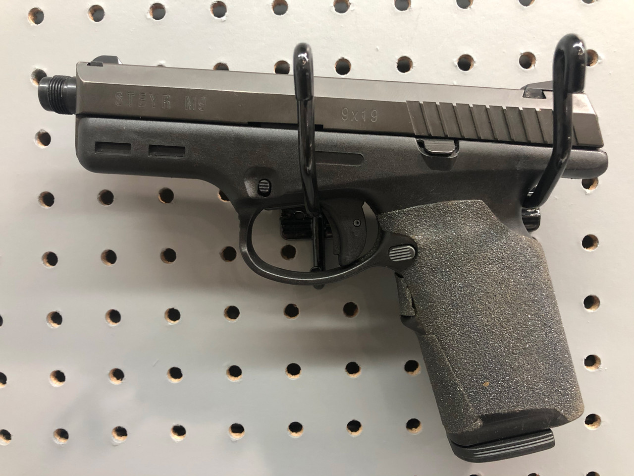 USED Steyr M9 9mm w/Six Magazines