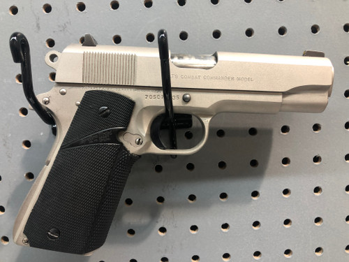 USED Colt Combat Commander .45ACP w/Four Magazines