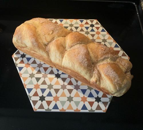 Apple Cinnamon Challah Loaf