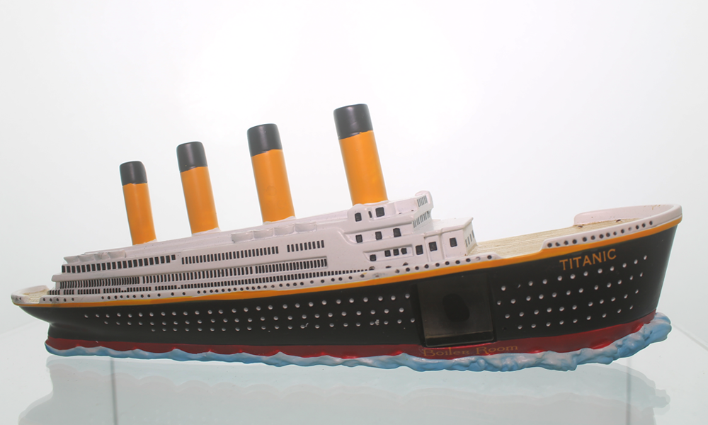 3D Ship w/Titanic Coal