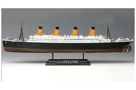 R.M.S. TITANIC MODEL KIT