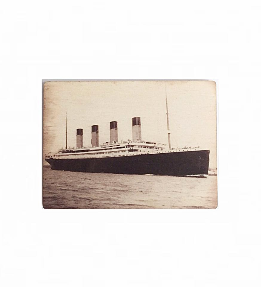 Titanic Wooden Magnet Carded