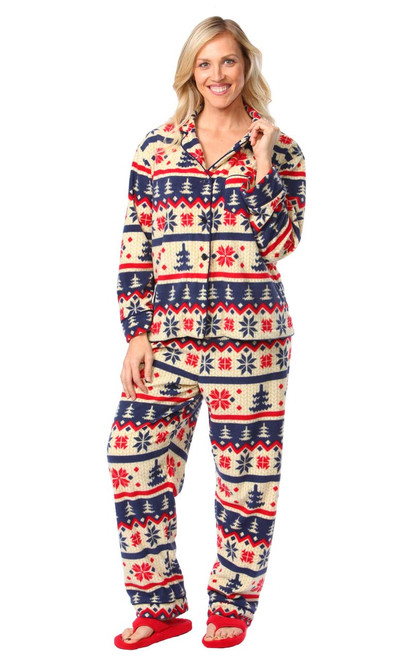 "Women's Nordic Winter Classic Pajama Set || Katrina 5'9"" wearing Large Pajama"