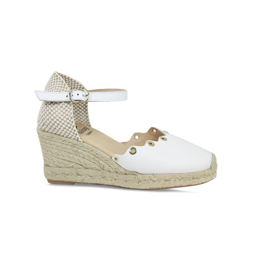 Priscilla: White Leather
