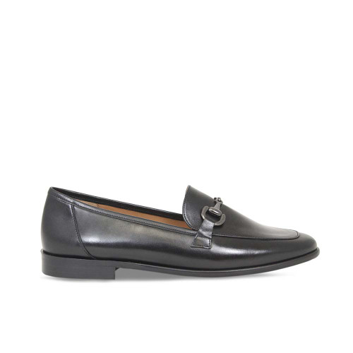 Woman's Classic Black Leather Loafer