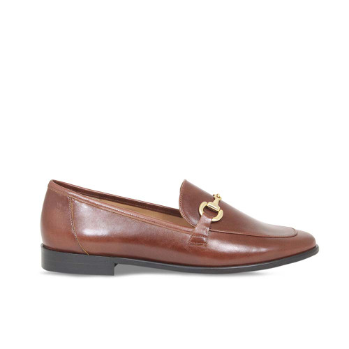 Woman's Classic Tan Leather Loafer