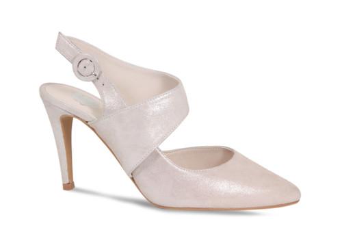 Natalia: Pale Pink Shimmer