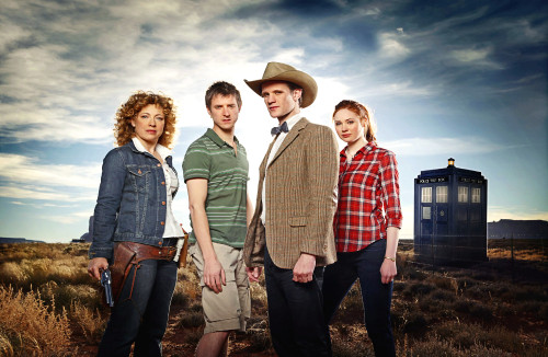 Doctor Who: 17 x 11 Inch Print - The 11th Doctor, River Song, Amy Pond, and Rory Series Six Promotional