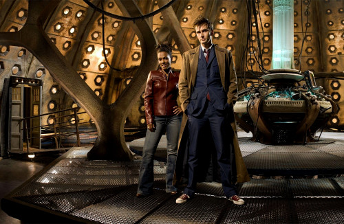 Doctor Who: 17 x 11 Inch Print - 10th Doctor (David Tennant) and Martha Jones (Freema Agyeman)