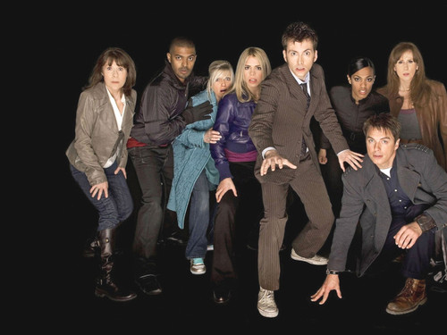 Doctor Who: 17 x 11 Inch Print - Series 4 Cast Promotional Photo