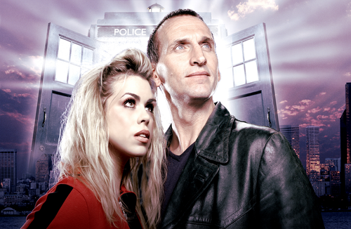 Doctor Who: 17 x 11 Inch Print - 9th Doctor (Christopher Eccelson) and Rose (Billie Piper)