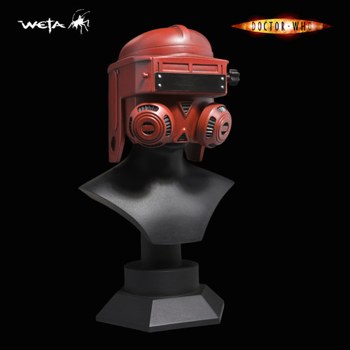 Doctor Who: 1:4 Scale Idustrial Welding Mask by WETA (from the Episode 42)  - Limited Edition of 500
