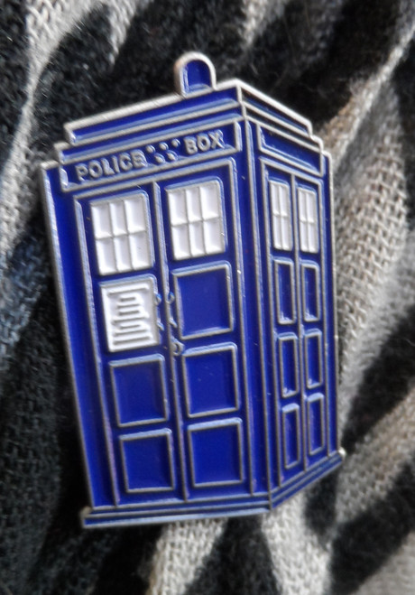 Doctor Who Exclusive Lapel Pin - Large TARDIS