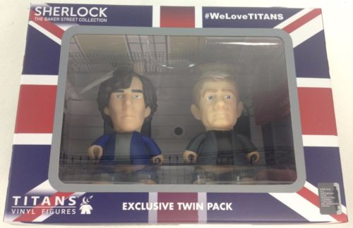 BBC SHERLOCK - Sherlock Holmes and Doctor Watson in Pajamas - Titan Vinyl Figure Set - NYCC 2015 Exclusive