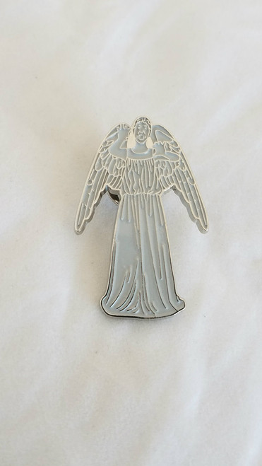 Doctor Who Exclusive Lapel Pin - WEEPING ANGEL