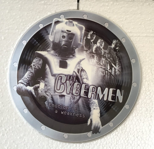 """Doctor Who: CYBERMEN - UK Exclusive Bone China 8"""" Collector's Plate"""