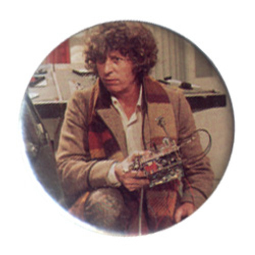 Doctor Who Vintage 1980's Button - 4th Doctor (Tom Baker) with K9 part