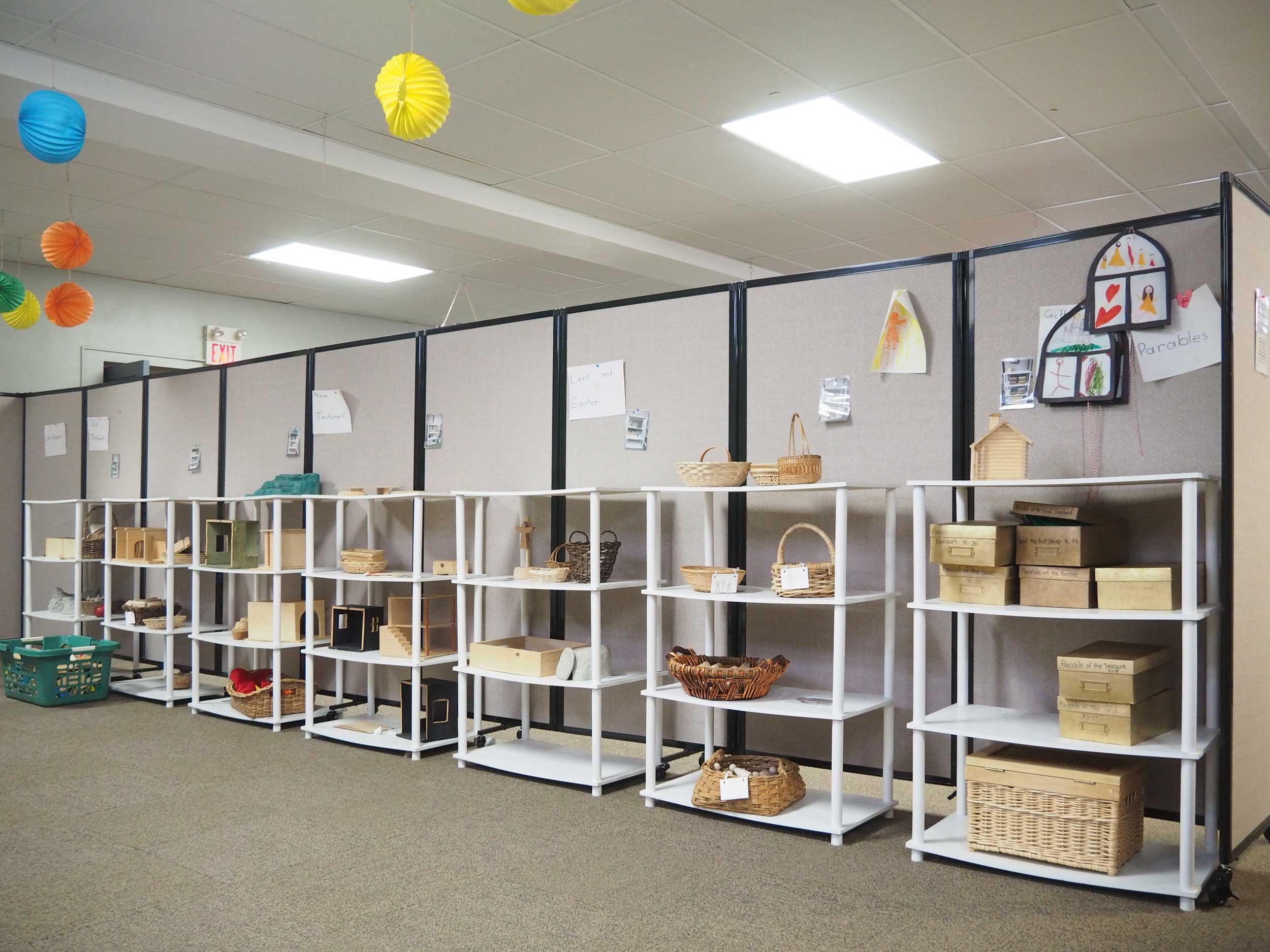 Room Divider Ideas: Creative DIY Separator Wall Layouts