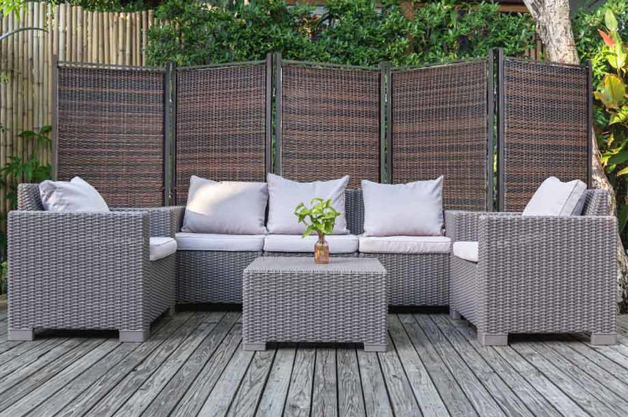 Outdoor Partitions Are Perfect For Spring / Summer