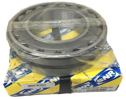 22205EAB33 SNR Spherical Roller Bearing, 25mm Straight Bore