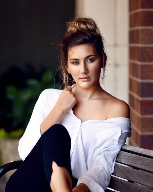 Nicole U.