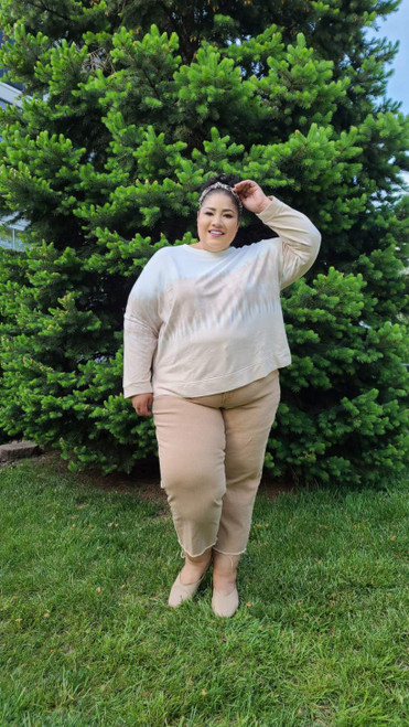 """Target Item #82075315 Women's Plus Size Sweatshirt """"I am 5'6"""" and I wear a 48G bra size. I am 48"""" at the waist and 60"""" around the hips. this sweatshirt is very cozy. i really like the ombre look. the cream and light brown coloring is very chic. i'll be relaxing in this sweatshirt all summer at home cozied up with a book. . This item does not have pockets. I received an incentive to write this review. But this is my honest review. Hope it helps!"""" Shop this item at https://www.target.com/"""