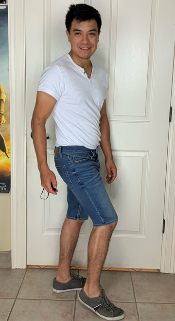 """Target Item #82030852 Men's 10.5"""" Jean Shorts """"I am 5'7"""" and I have a 36"""" chest. I am 29"""" at the waist and 36"""" around the hips. i don't like how these shorts hug my legs and thighs. as a man i don't feel like it should be tight maybe a little bit more loose. the length of the shorts were perfect. i felt uncomfortable in these shorts i felt constricted. i did like the color though.. This item has pockets. I received an incentive to write this review. Hope it helps you!"""" Shop this item at https://www.target.com/"""
