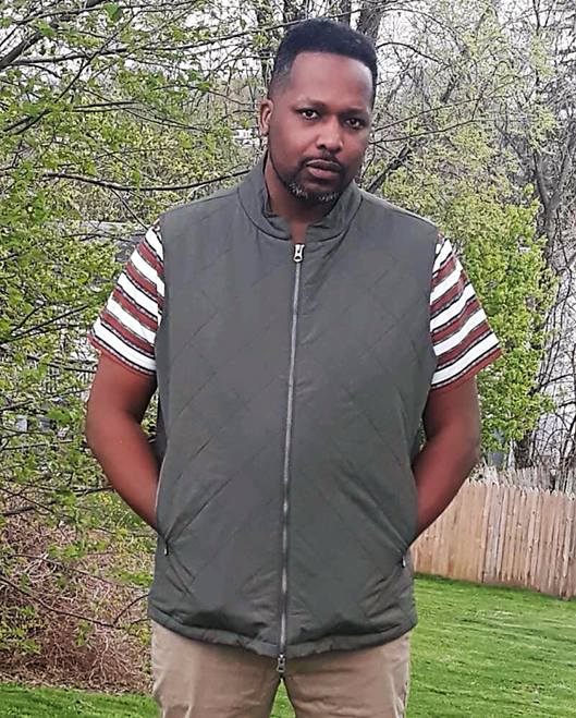 """Target Item #81397603 Men's Big & Tall Lightweight Quilted Puffer Vest """"I am 6'1"""" and I have a 45"""" chest. I am 38"""" at the waist and 44"""" around the hips. this vest is warm in the winter or fall time. it's well made and it'll last me for a while. i styled it with a short sleeve shirt plus khaki color pants. i love wearing this outfit the most. it can be business casual or crew wear. this is an anytime outfit working or relaxing. . This item has pockets. I received an incentive to write this review. Hope it helps you!"""" Shop this item at https://www.target.com/"""