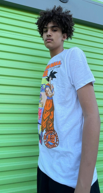 """Target Item #82705469 Men's Dragon Ball Z Goku Short Sleeve Graphic T-Shirt """"I am 6'7"""" and I have a 36"""" chest. I am 34"""" at the waist and 39"""" around the hips. who in the world wouldn't love the dragon ball z?! from children to adults, it's everyone's favorite! at first, i liked it for the graphics but it's fit and material are great too! not too loose and not too tight and not too short for my height! absolutely love this tshirt and i will wear it often this summers for sure!. This item does not have pockets. I received an incentive to write this review. I hope this helps. Happy shopping!"""" Shop this item at https://www.target.com/"""
