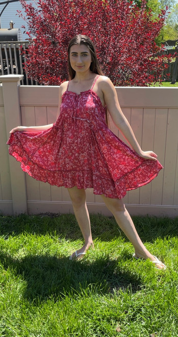 """Store Item #82144332 Women's Sleeveless Tie Front Breezy Dress """"I am 5'5"""" and I wear a 32B bra size. I am 26"""" at the waist and 37"""" around the hips. omg! how adorable is this pink floral dress.it has adjustable straps which makes a cute bow at the back, so it fits great at the top once i adjusted them shorter! the dress is super flowy and i love how loose at the bottom it is! it is not super form fitting but it would be perfect for a day to a beach or a lake. This item does not have pockets. I received an incentive to write this review. Hope it helps you!""""  Shop this item at https://www.target.com/"""