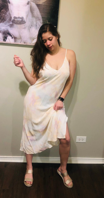 """Store Item #81522339 Women's Slip Dress """"I am 5'8"""" and I wear a 36C bra size. I am 28"""" at the waist and 42"""" around the hips. This amazing slip dress is by far one of the most comfortable dresses I have. It is perfect for lounging around the house or walking outside on a beautiful day. Style it with sandals or flip flops for a summer look. This item does not have pockets. I received an incentive to write this review. I hope this helps. Happy shopping!"""" Shop this item at https://www.target.com/"""