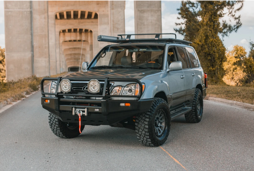 DOBINSONS 4X4 CLASSIC BLACK BULLBAR FOR TOYOTA LAND CRUISER 100 SERIES & LEXUS LX470 IFS 1998 TO 2007 (BU59-3508)