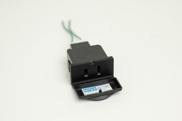Toyota 115V - 100W outlet