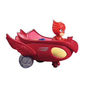 Fly into action with Owlette and her signature soaring vehicle, the Owl Glider! Comes with an 8cm articulated Owlette figure that will sit inside the Owl Glider The glider can even fit all three PJ Masks 8cm Figures! (Each sold separately) Contents: 1 Owlette Owl Glider Toy Vehicle, 1 articulated 8cm figure