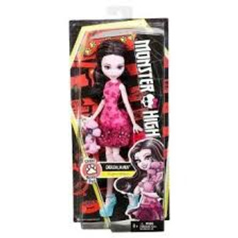Monster High Ghouls Beast Pet Draculaura Doll Daughter of Dracula, Draculaura doll is boo-tiful wearing a dress with a print in shades of pink with a heart print, ruffle hem and bow accent Draculaura has a darling puppy and wears a gore-geous dress with graphic print in her signature colors and legacy-inspired accessories along with a pet carrier to scare up even more pet play To-die-for accessories include a blue bangle and blue bow-adorned heels, plus a pink pet carrier is perfect for her pooch Draculaura doll's purple poodle looks fangtastic with pink hair and a blue collar