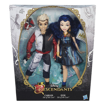 Disney Descendants 2-pack includes set of 2 dolls Dolls looks like Evie Isle of the Lost, daughter of the Evil Queen, and Carlos Isle of the Lost, son of Cruella DeVil Each doll comes wearing an outfit and a matching pair of shoes Evie of Isle of the Lost sports a pair of earrings, crown cuff, and heart locket Includes 2 dolls, 2 outfits, 2 pairs of shoes, 1 pair of earrings, and 6 accessories.