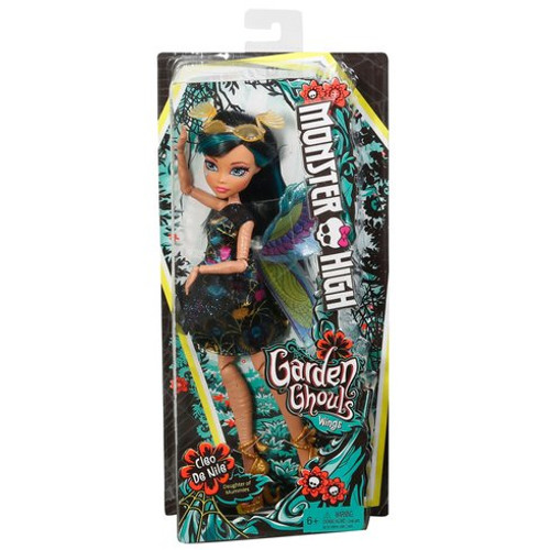 Monster High Garden Ghouls Wings Cleo de Nile Doll - Bentzen's Emporium Ltd Let your imagination take flight with the Monster High Garden Ghouls winged Dolls! Cleo de Nile Doll rules with beetle-inspired wings in blue, green and pink with an Egyptian-inspired design The daughter of a mummy wears a black dress with a colourful print and blue sparkle, a black mesh overlay on the skirt and golden shoes with wrap details Orange glasses with a beetle shape and wing details are fly-tastic in her black and blue hair Collect all of the Monster High Garden Ghouls Dolls and accessories to grow your own gore-geous Garden of fantastical fun (each sold separately, subject to availability) Contents: Garden Ghouls Cleo de Nile Doll wearing fashion and accessories, including wings Batteries Not Required