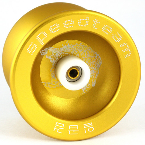 "Speed Team ""Golden Wolf"" Metal Yo-Yo with Yoyo Pouch - Gold"