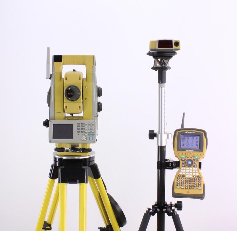 "Topcon GPT-9005A 5"" Robotic Total Station Kit w/ FC-2500 TopSurv, RC-3R"